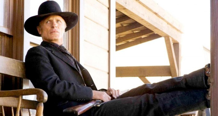 westworld-edharris-porch
