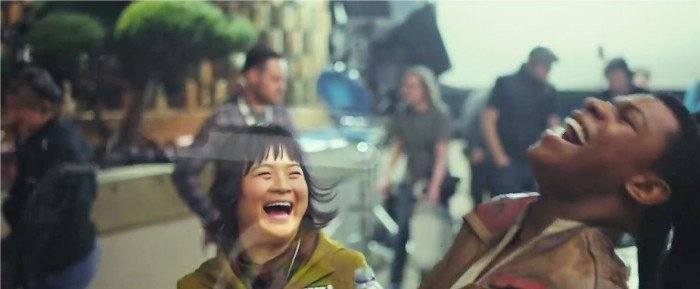 Star Wars: the last Jedi laughing